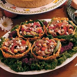 Warm Beef Salad in Potato Baskets Recipe