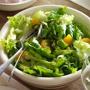 Mandarin Orange & Romaine Salad Recipe