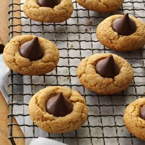 Gluten-Free Peanut Butter Kiss Cookies Recipe
