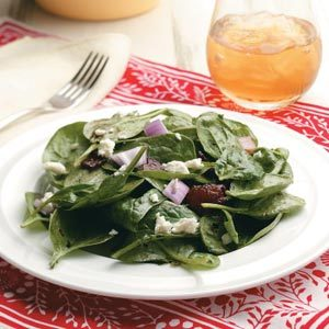 Spinach-Onion Salad with Hot Bacon Dressing Recipe