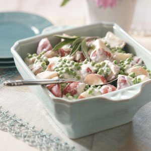 Creamed Garden Potatoes and Peas Recipe