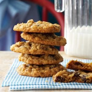 Chewy Oatmeal Cookies Recipe