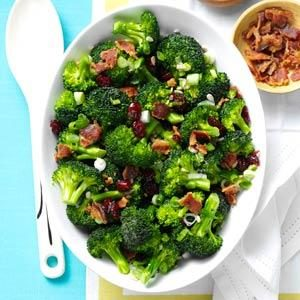 Crunchy Broccoli Salad Recipe