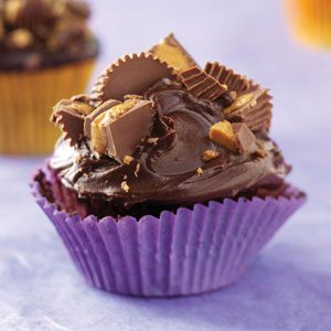 Peanut Butter Cup Chocolate Cupcakes Recipe