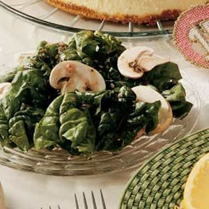 Mushroom Spinach Salad with Homemade Dressing Recipe