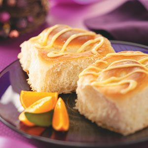 Orange-Cheesecake Breakfast Rolls Recipe