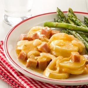 Mom's Scalloped Potatoes and Ham Recipe