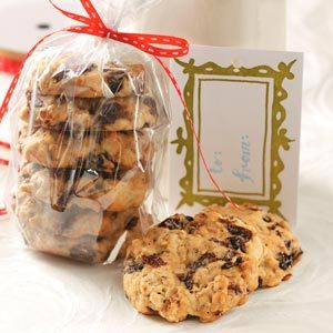 Grandma's Oatmeal Raisin Cookies Recipe