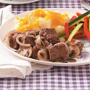 Braised Beef with Mushrooms