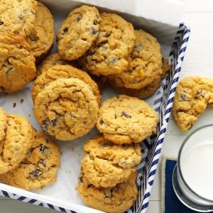 Oat-Rageous Chocolate Chip Cookies Recipe
