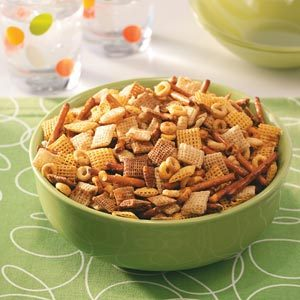 Healthy Party Snack Mix