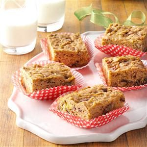 Chunky Apple Snack Cake