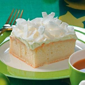 Coconut Cream Yummy Cake