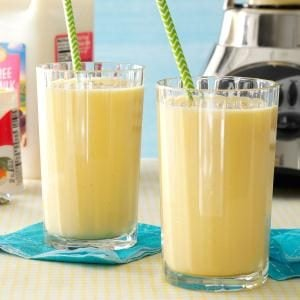 Mango-Peach Smoothies