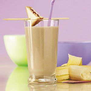 Peanut Butter 'n' Jelly Breakfast Shake