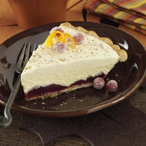 Creamy Cranberry Ice Cream Pie