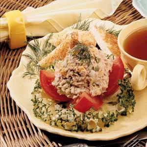 Tomatoes and Tuna Salad
