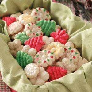 Holiday Spritz Cookies Recipe