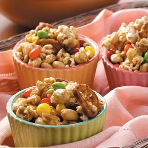 Deluxe Caramel Corn Recipe
