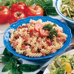 Basil Pasta and Ham Salad