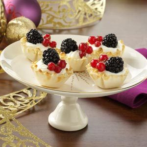 Berries & Swedish Cream Tartlets Recipe