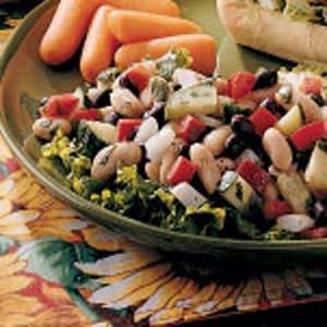Black 'n'  White Bean Salad Recipe