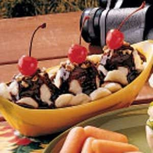 Quick Banana Splits Recipe