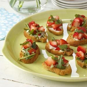 Strawberry Brunch Bruschetta Recipe