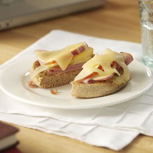 Open-Faced Ham and Apple Melts Recipe