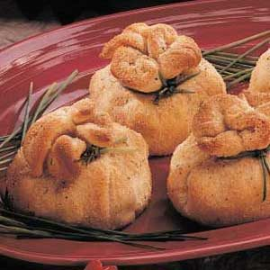 Savory Crescent Bundles Recipe