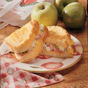 Apple-Ham Grilled Cheese Recipe