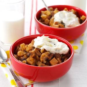 Cinnamon-Apple Brown Betty