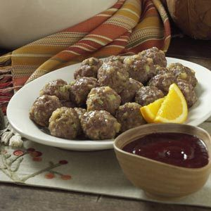 Meatballs with Cranberry Dipping Sauce Recipe