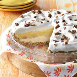 Creamy Banana Pecan Pie Recipe