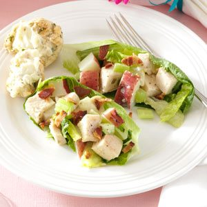 Tarragon Chicken & Romaine Salad Recipe