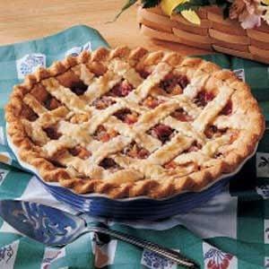 Peachy Rhubarb Pie Recipe