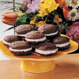 Old-Fashioned Whoopie Pies