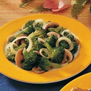Broccoli-Mushroom Medley Recipe