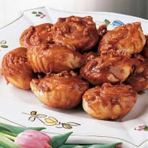 Quick Caramel Rolls Recipe