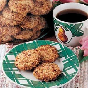 Scandinavian Pecan Cookies Recipe