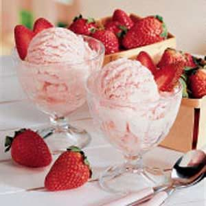 Best Strawberry Ice Cream Recipe
