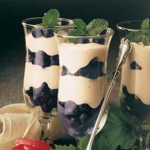 Berry Creme Parfaits Recipe