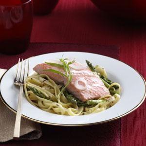 Champagne Salmon & Fettuccine Recipe