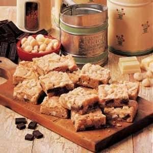 Chunky Blond Brownies Recipe