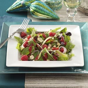 Smoked Gouda & Raspberry Salads Recipe