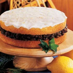 Raisin-Filled Torte Recipe