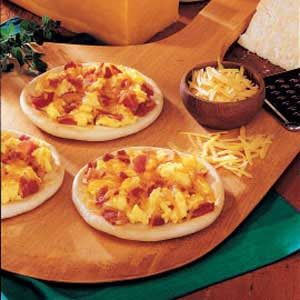 Sunrise Mini Pizzas Recipe