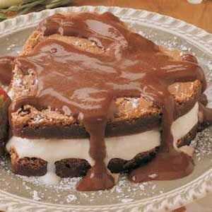 Sweetheart Brownie Sundae