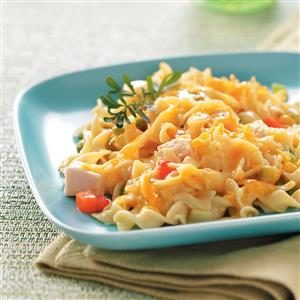 Comforting Chicken Noodle Casserole Recipe