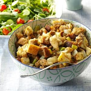 Egglands Best Stuffing from the Slow Cooker Recipe